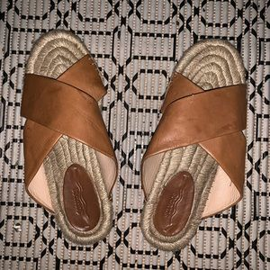 Brown leather summer Soludos sandals
